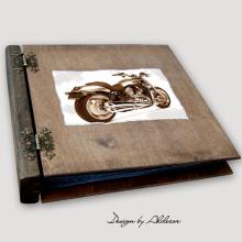 album drewniany MODENA duży 75 kart motyw motocykla 1